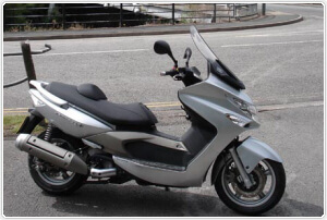 kymco xciting 500i review from choicequote motorcycle. Black Bedroom Furniture Sets. Home Design Ideas